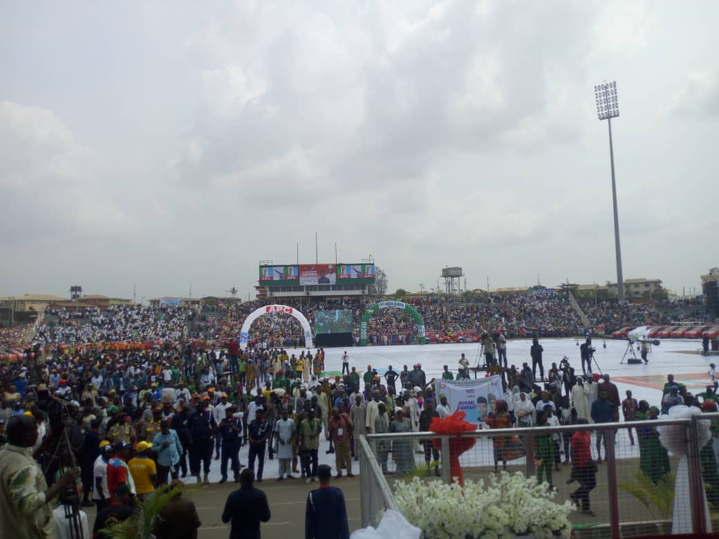 PHOTOS: Ajimobi's Wife Hosts Women, Youths At APC Presidential Rally In Ibadan